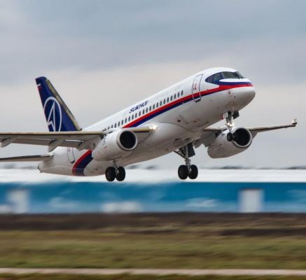 Rostec to Supply Eight SSJ100 Airplanes to Domestic Airlines